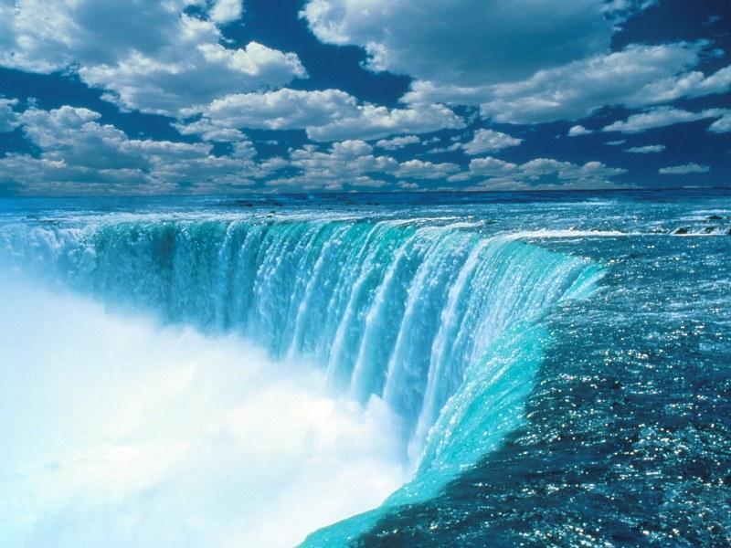 этого фотография показывающая удивительную красоту воды розетка- настоящая находка